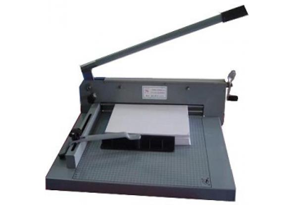 bàn cắt giấyA3 bosser 858