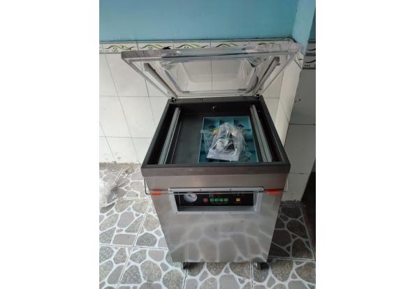 máy hut chan khong dz500